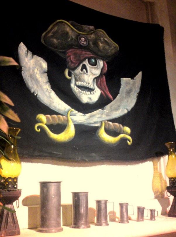 d co pirate anniversaire tr sor coffre location nantes. Black Bedroom Furniture Sets. Home Design Ideas